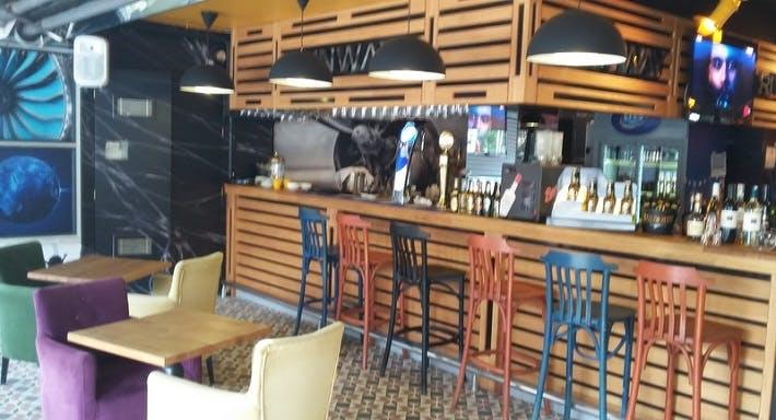 Runway Cafe Istanbul image 2