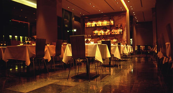 Belluga Bar & Grill