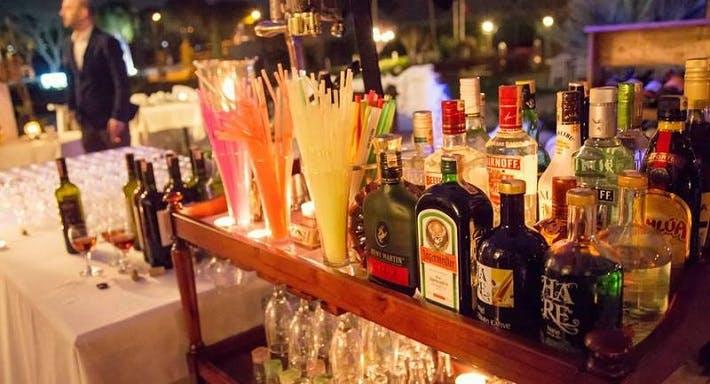 Vera Melissa Bar