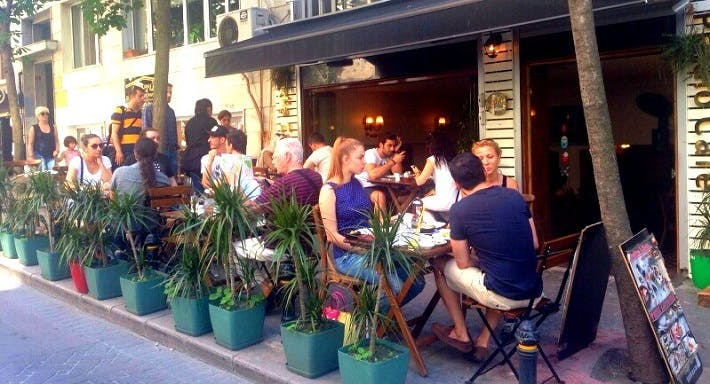 Predio Cafe & Bistro