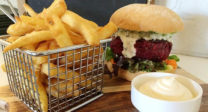 Blue Owl Cafe and Restaurant Gold Coast image 3