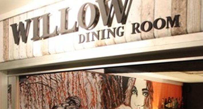 Willow Dining Room Gold Coast image 5