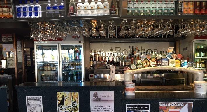 Beaches Hotel Wollongong image 4