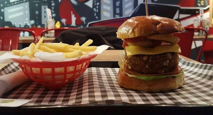 Fatboyz Diner