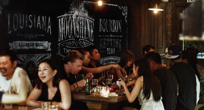Moonshine & The Po'Boys