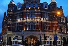 Restaurant The Salisbury Hotel in Harringay, London