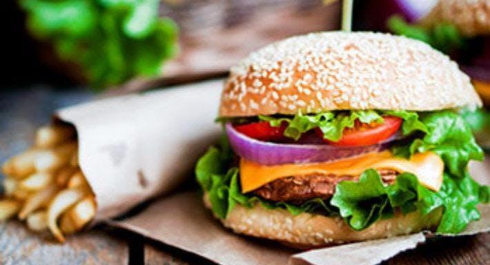 Lums Gourmet Burger & Co