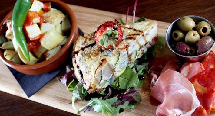 Guzelian Cafe Bar Bradford image 2