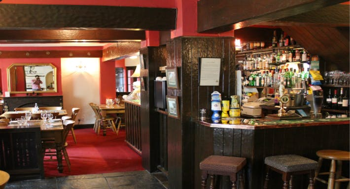 The Fox & Hounds at Walton Wetherby image 5
