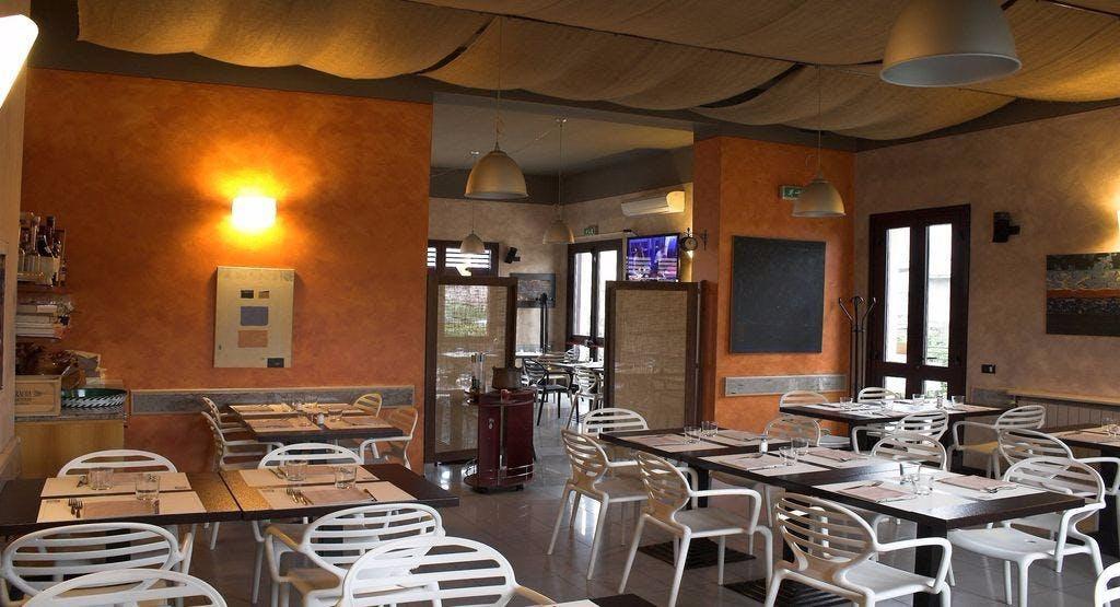 Ristorante Pizzeria Ai Portici Monza e Brianza image 1