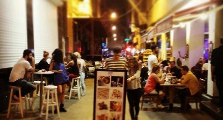 Veni Vidi Vici Restaurant & Bar
