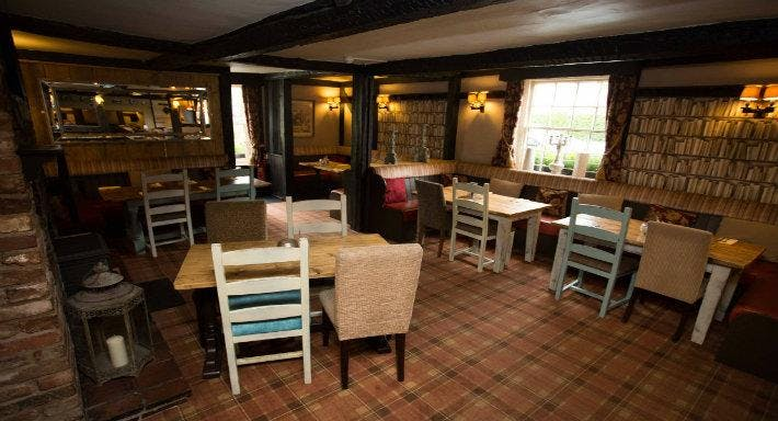 The Kings Arms Droitwich image 2