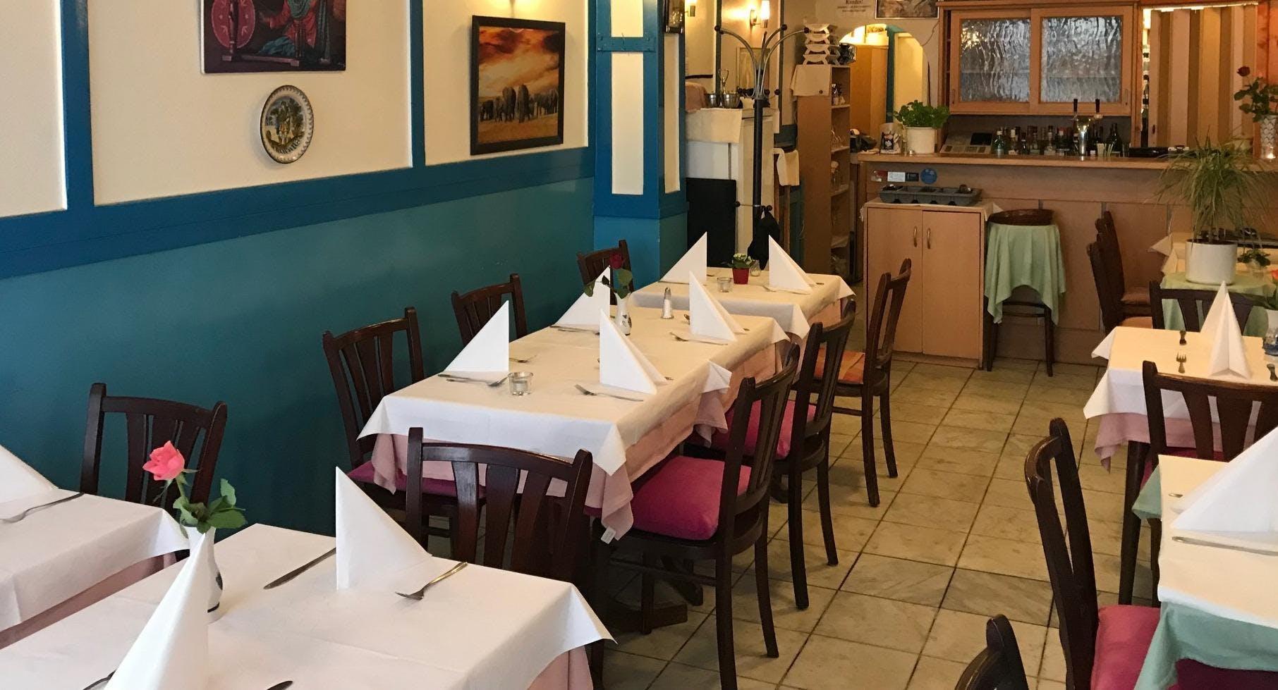 LAXMI Tandoori&Curry Restaurant Francfort image 1