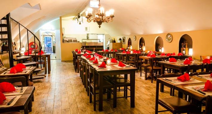 Restaurant La Grotta Utrecht image 5