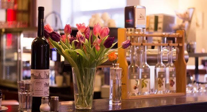 Sunshine Hotel Dortmund image 8