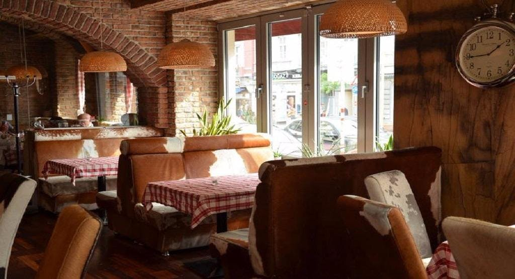 Saloon Wien image 1