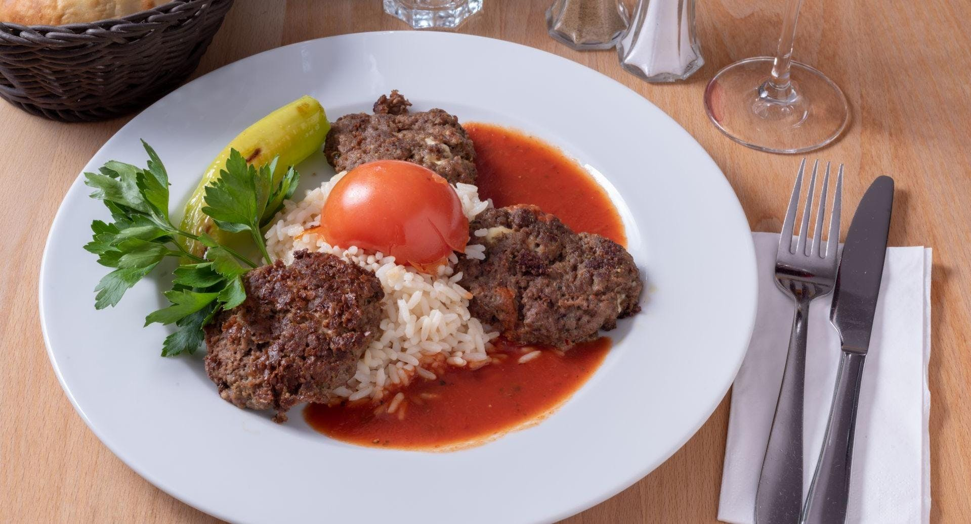 Arkadasch Restaurant Hamburg image 3