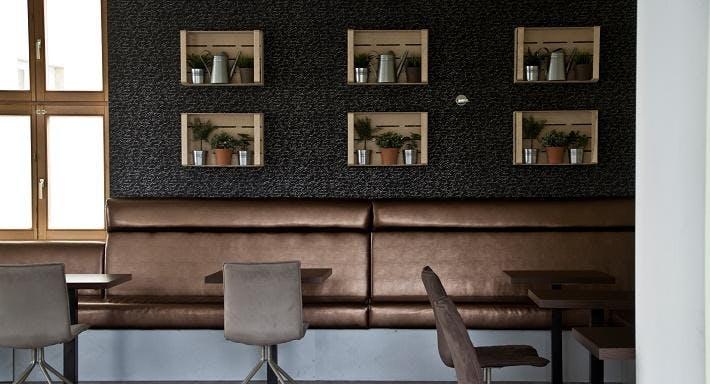 Cafe Public Wien image 2