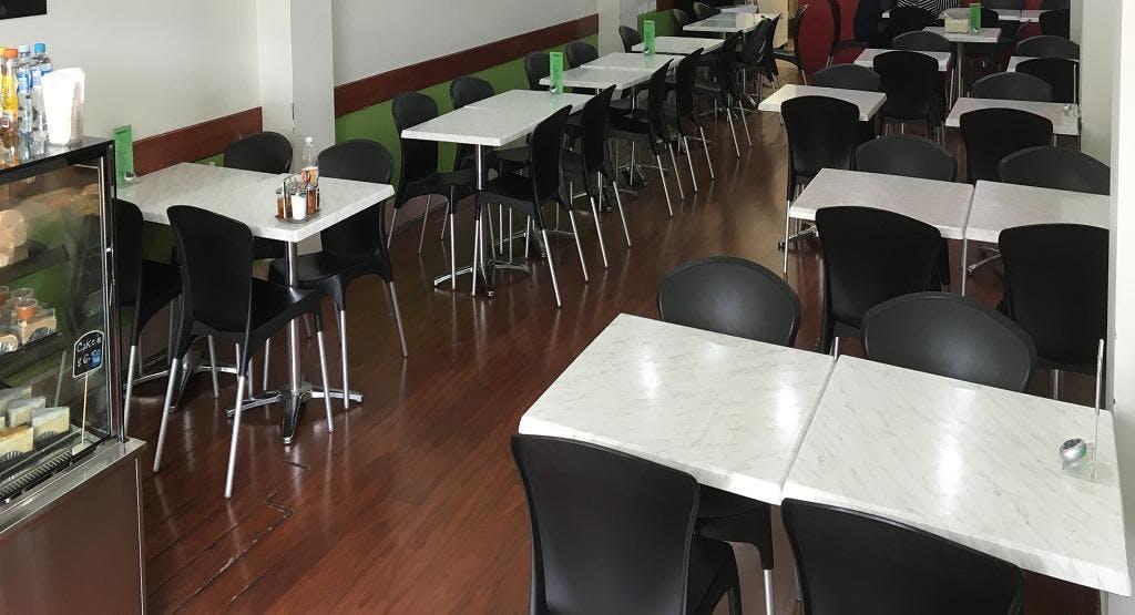 S & T Thai Gourmet Cafe Perth image 1