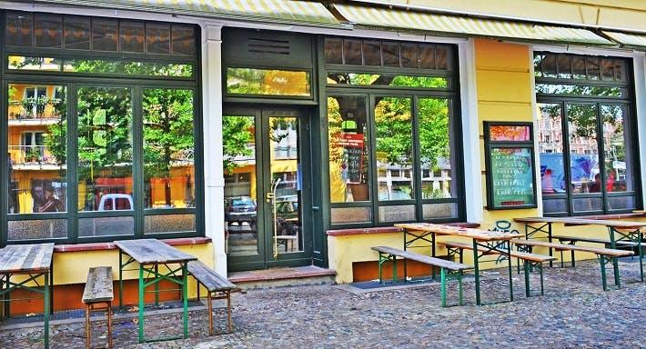 Scotch Sofa In Berlin Prenzlauer Berg Reservieren