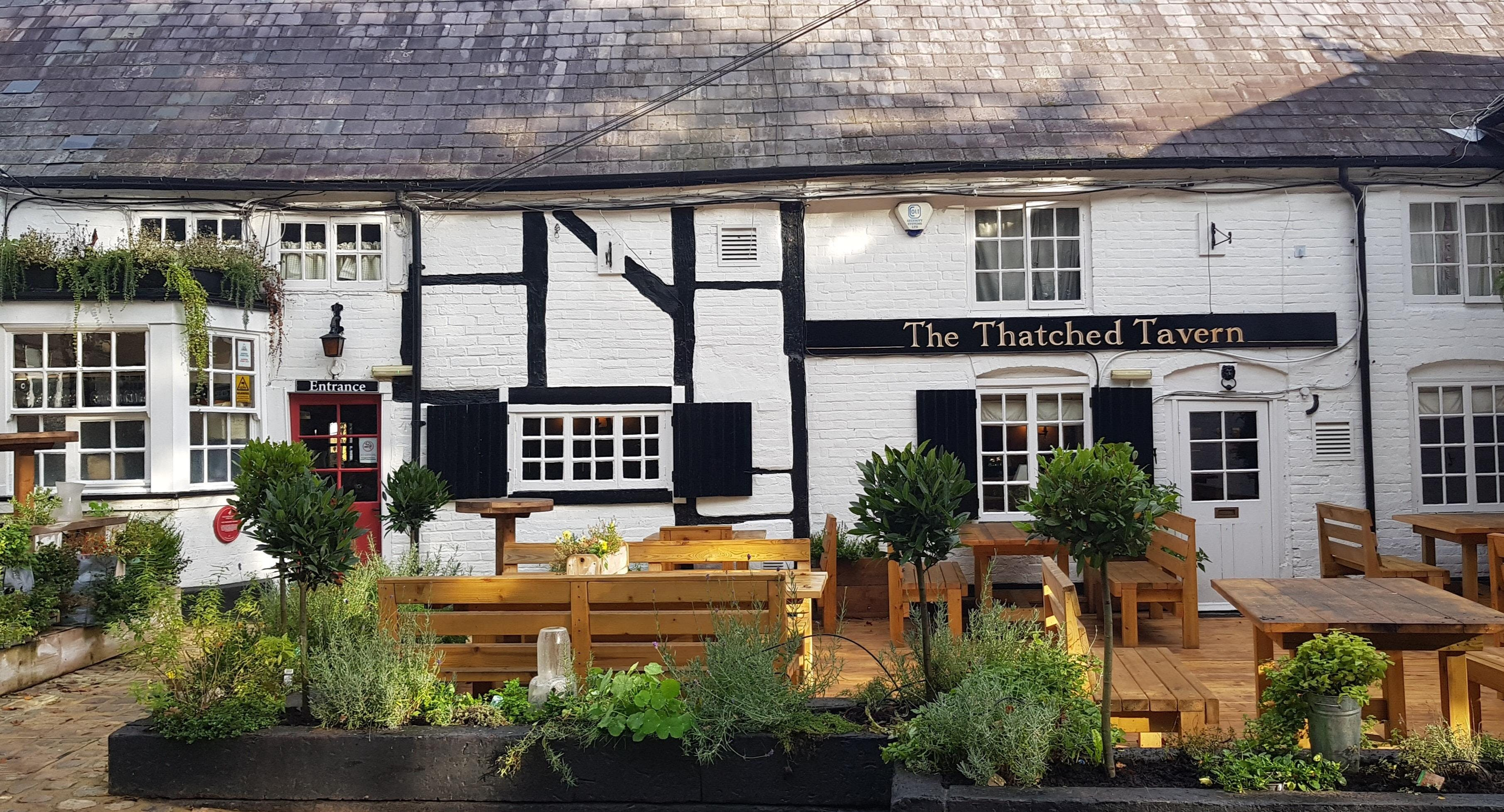 The Thatched Tavern Ascot image 1