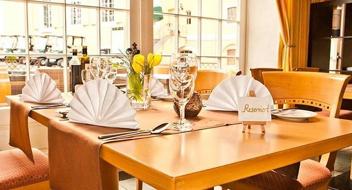 Restaurant Graf Belderbusch Swisttal image 3