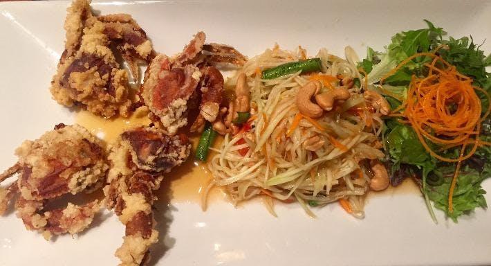 Henry's Thai Cuisine Restaurant