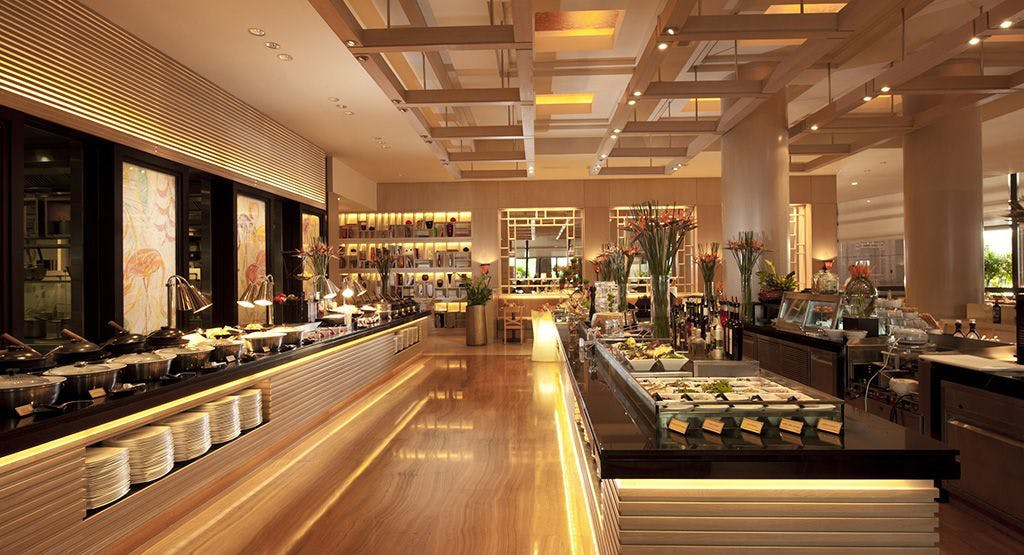 Oscar's @ Conrad Centennial Hotel Singapore image 1