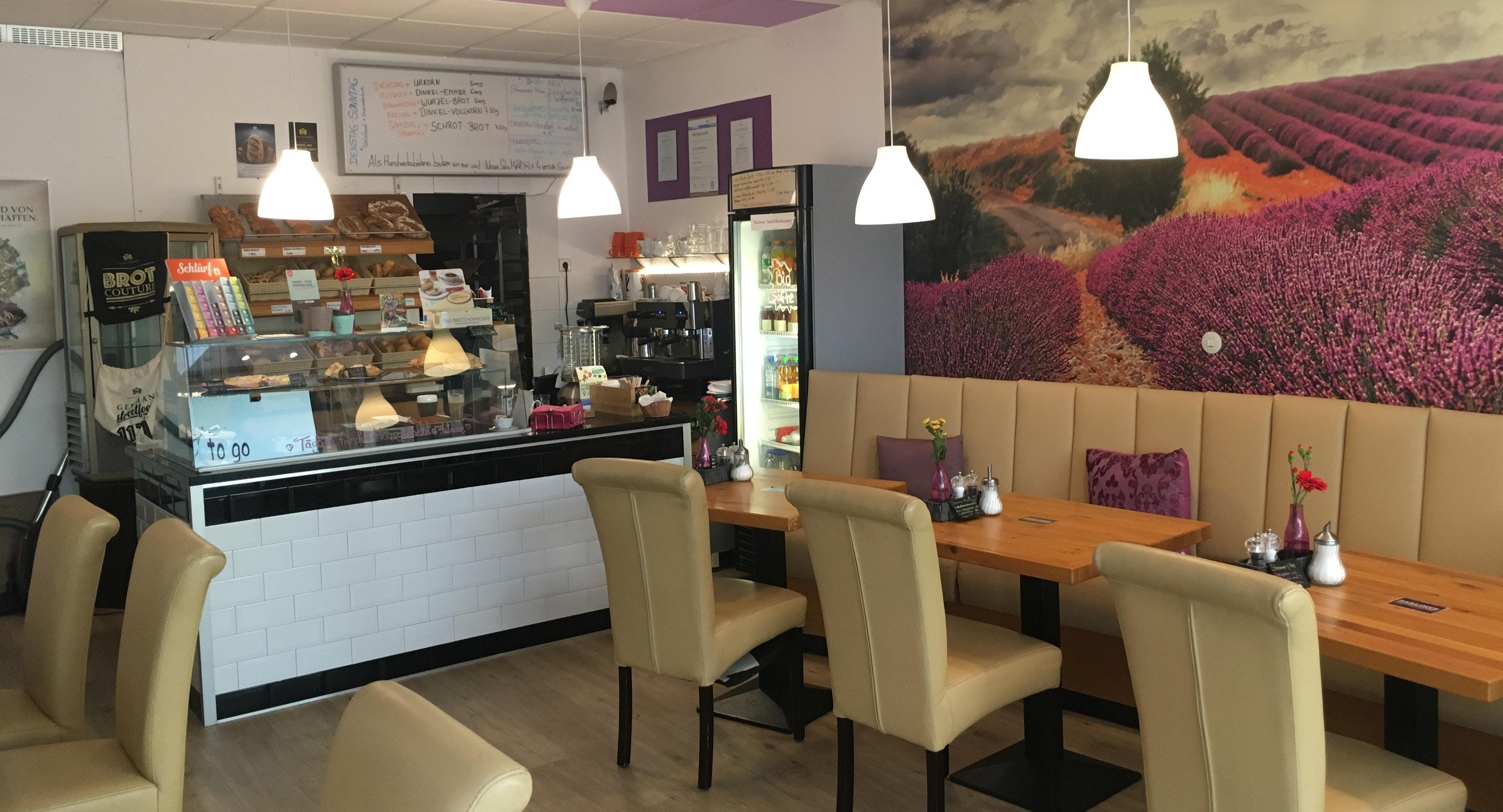 Victoria's Café Berlin image 3