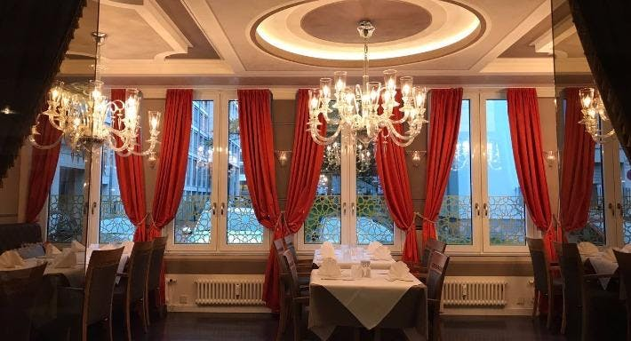 MEDINA - Steaks & More Halal Restaurant Frankfurt image 3