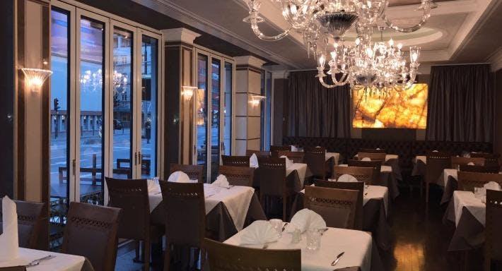 MEDINA - Steaks & More Halal Restaurant Francoforte image 2