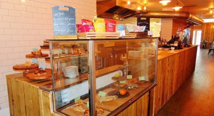 Cafe Teria - Benny's Trattoria Folkestone image 1