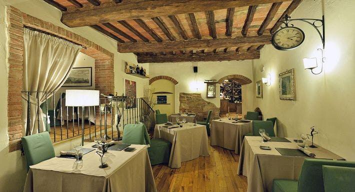 Le Logge Del Vignola Siena image 3