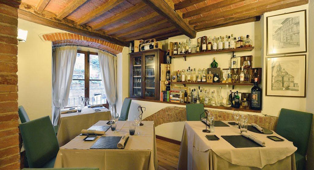 Le Logge Del Vignola Siena image 1