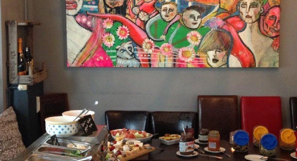 Traumzeit Cafe & Restaurant Hamburg image 1