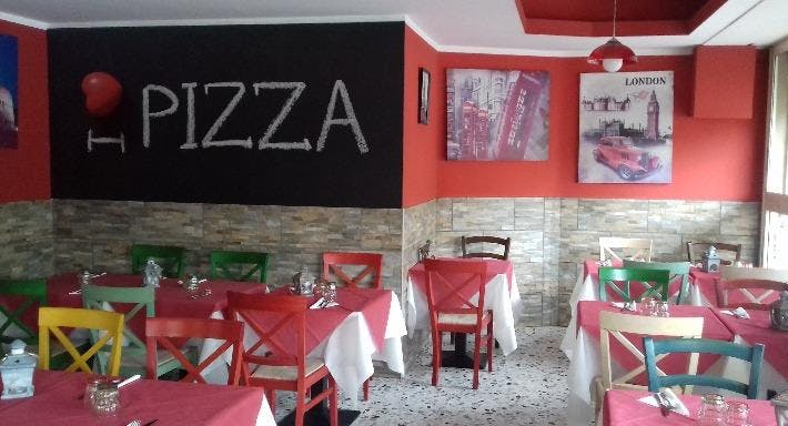 Pizzeria La Capannina Bologna image 1