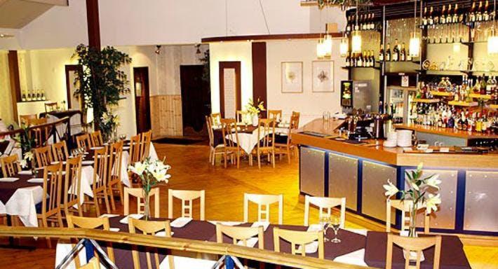 Cinnamon Court Walsall image 3