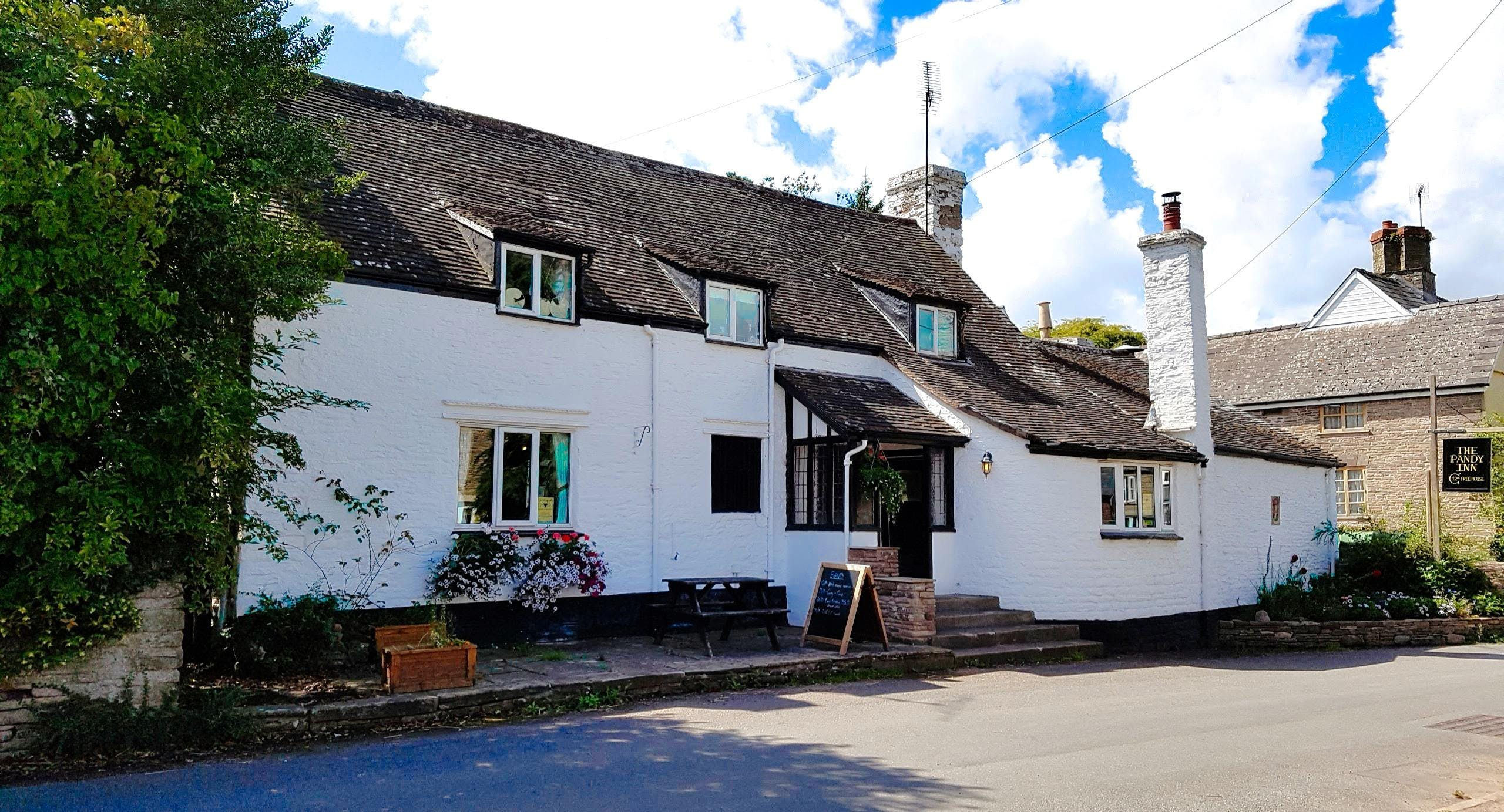 The Pandy Inn Hereford image 3