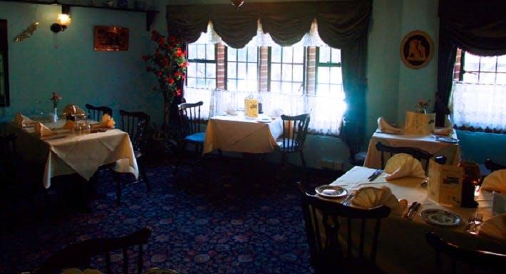 Jaipur Cottage Bromsgrove image 3