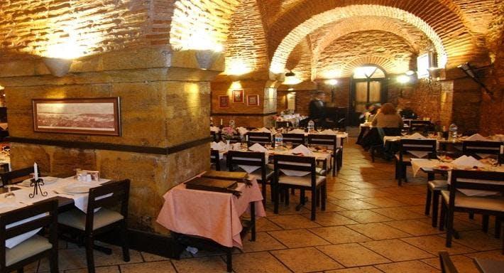 Taşhan Garden Restaurant İstanbul image 2