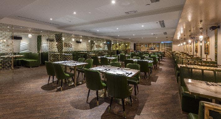 Loyal Dining 來佬餐館 Hong Kong image 3
