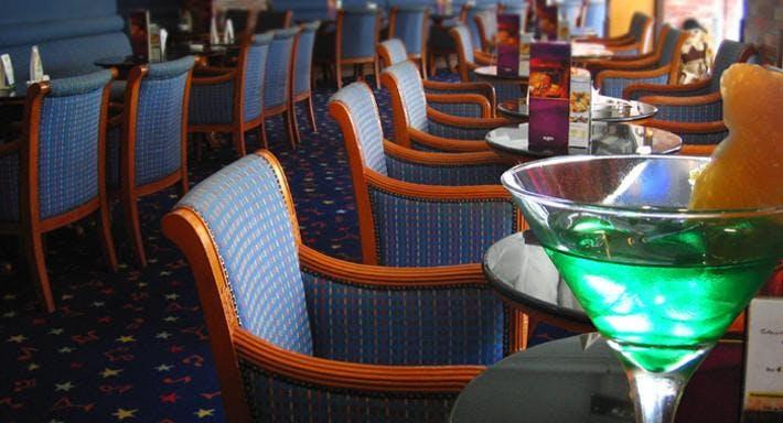 Cheers Bar Hong Kong image 3