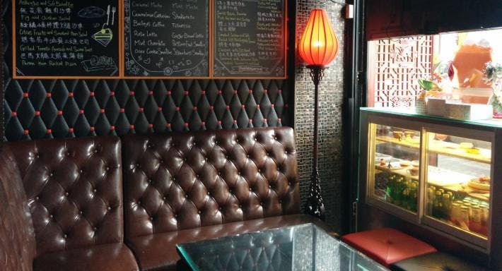 Pudong Pub & Cafe 浦東晉家門 香港 image 2