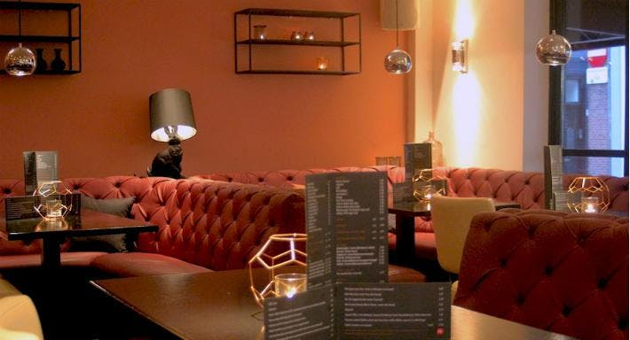 Bar Restaurant Dendy Den Haag image 7
