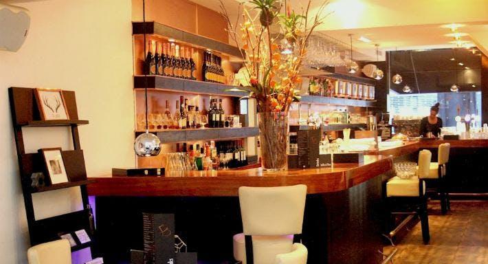 Bar Restaurant Dendy Den Haag image 9