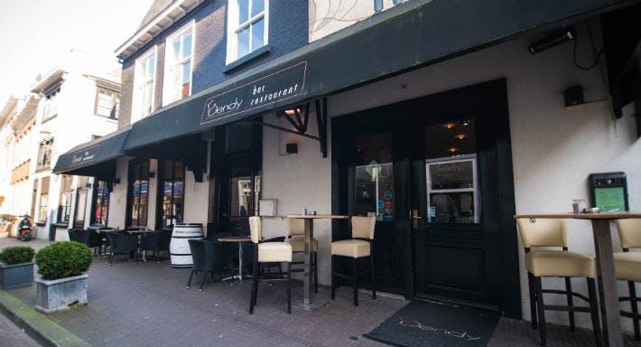 Bar Restaurant Dendy Den Haag image 4