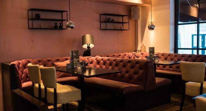 Bar Restaurant Dendy Den Haag image 6