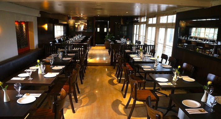 Thai Room Restaurant London image 2