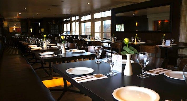 Thai Room Restaurant London image 3