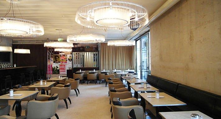 Café Leopold Wien image 4